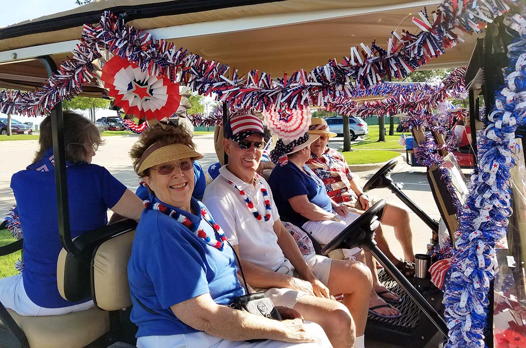 Happy 4th of July - waiting for the parade to begin