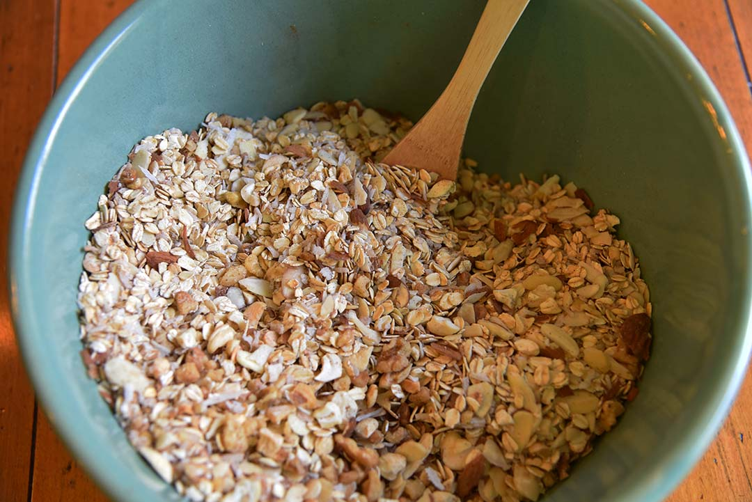 Tara's Homemade Granola - mix together dry ingredients