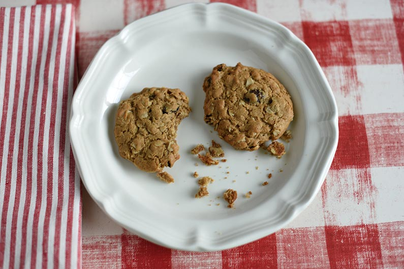 2018-08-18 Oatmeal Raisin Cookies Made With Heart Healthy Walnut Butter - eat cookies