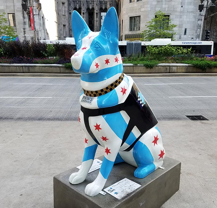 2017-09-30 Dog Statues in Chicago - dog 8