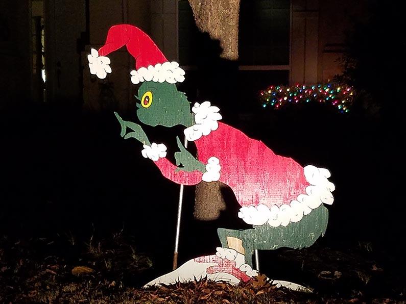2017-12-30 Happy Holidays from Izzie - Grinch